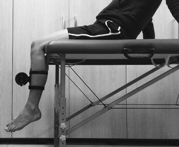 Treatment for cartilage damage in the knee and ankle
