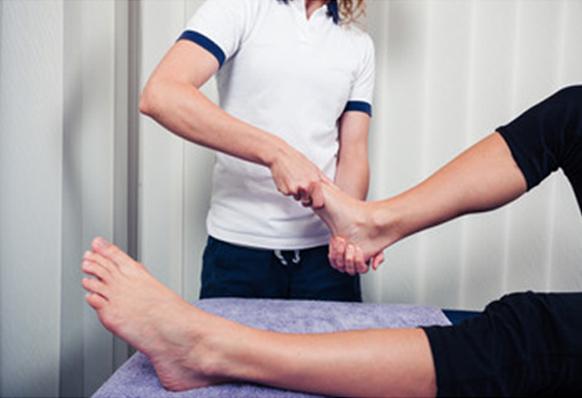 Ankle sprain surgeon specialist