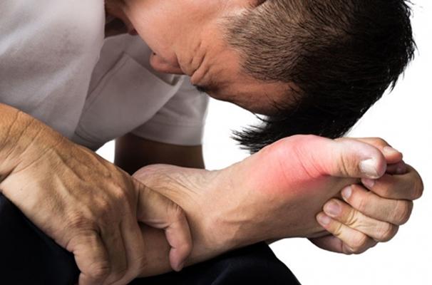 Big toe gout
